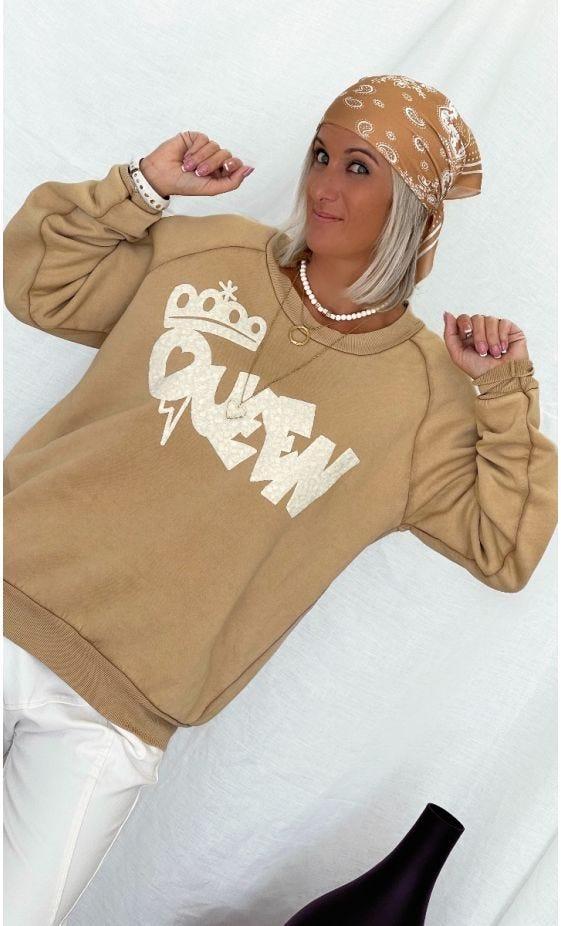 Sweat Donovan Camel Queen