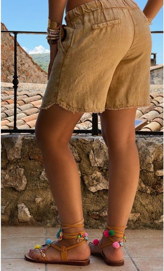 Short Ely Lin Camel